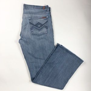 7 For All Mankind bootcut med. wash jeans. Size 36